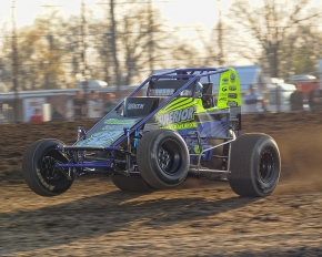 Chase Stockon leads the AMSOIL National Sprint Car Series into Haubstadt this Saturday...