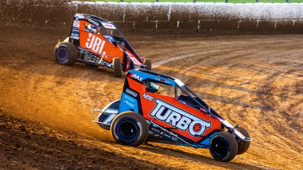 Tyler Courtney won his second consecutive USAC NOS Energy Drink National Midget feature Sunday night in the series debut at Caney Valley Speedway in Kansas.