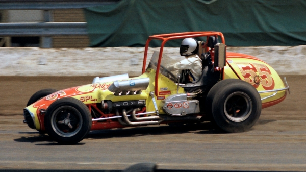 Jimmy Caruthers on the gas in the 1975 USAC Dirt Championship season opener at the New York State Fairgrounds.
