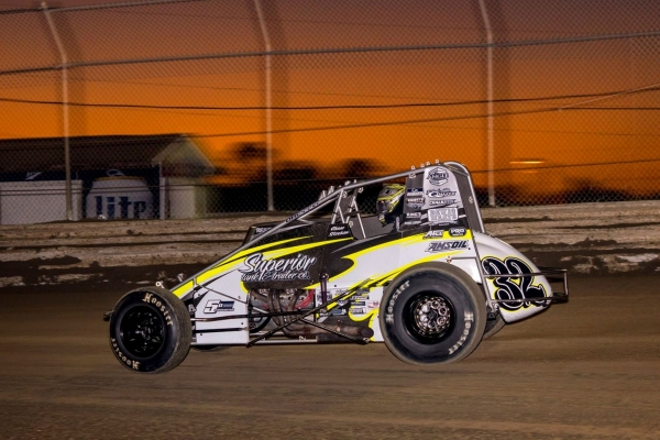 #32 Chase Stockon captured the 2018 season-opening USAC AMSOIL National Sprint Car victory in Ocala, Fla.