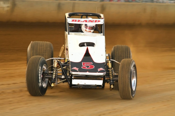 J.C. Bland in USAC Silver Crown action at Du Quoin in 2015.