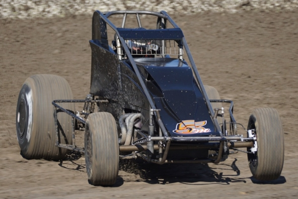 Max Adams wins at Santa Maria.