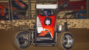 Ronnie Gardner in the Iron Dome-Moonshine Motorsports midget at the Southern Illinois Center in March 2020.