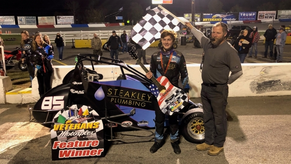 First-time USAC Eastern SpeeD2 Midget winner Bradley Swift (Nashville, Tenn.). Meanwhile, Jessica Bean (Farmland, Ind.) earned her fourth consecutive driving title with the series.