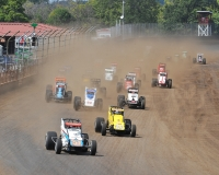 "Justin Grant leads the field into turn one during the 2017 ""Bettenhausen 100"" at the Illinois State Fairgrounds in Springfield."