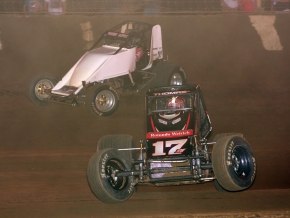 "Kevin Thomas, Jr. and Wes McIntyre race for the lead in Saturday's ""Indiana Sprintweek"" AMSOIL National Sprint Car event at Kokomo Speedway."