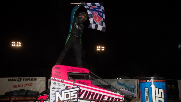 Thomas Meseraull (San Jose, Calif.) picked up his second career USAC NOS Energy Drink National Midget feature win Friday night at California's Merced Speedway.