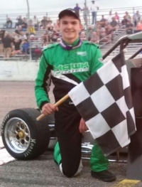 Cooper Clouse wins the Midwest Pavement Ignite title.