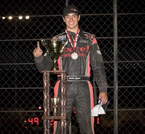 Austin Liggett wins Saturday night at Tulare.