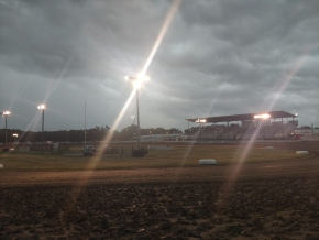 MIDWEST MIDGET CHAMPIONSHIP NIGHT 1 RAINED OUT