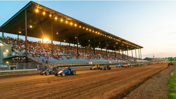 The pace laps of the 2019 Hoosier Hundred at the Indiana State Fairgrounds.
