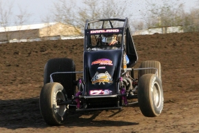 Dave Darland at speed in the Phillips Motorsports No. 71p at Gas City (Ind.) I-69 Speedway in April of 2013.