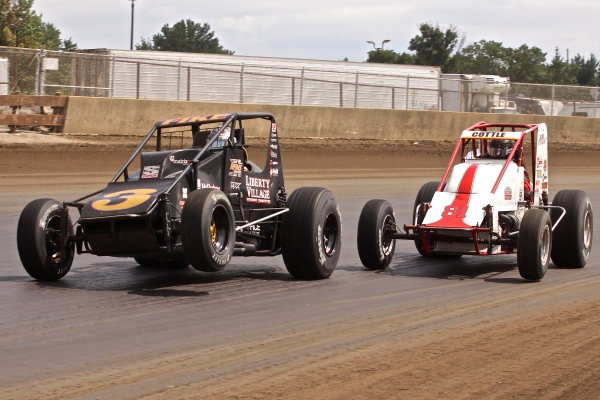 A.J. Fike and Shane Cottle battle at Springfield in 2015.