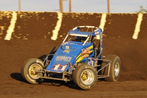Daron Clayton returns to the seat of a USAC AMSOIL National Sprint Car this Saturday night, September 17 at Haubstadt, Indiana's Tri-State Speedway. Clayton will take the wheel for Jeff Walker/Curb-Agajanian Racing. Clayton won a feature for Walker at Tri-State back in 2007.
