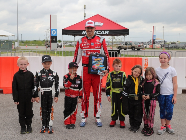 IndyCar driver Graham Rahal served as the USAC.25 Grand Marshal this weekend at the Circuit of The Americas and posed with Honda Red Rookie Quarter Midget racers to announce the 2019 Hot Wheels-USAC Quarter Midget mentoring initiative.
