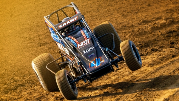 #4 Justin Grant on the edge at Terre Haute.