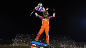 Tyler Courtney won for the second-straight time and sixth overall in USAC AMSOIL National Sprint Car competition at Kokomo (Ind.) Speedway on Saturday night.