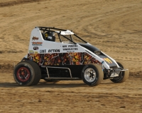 Gage Etgen took the win in last Saturday's USAC Midwest Thunder Midget feature at Montpelier (Ind.) Motor Speedway.